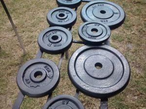 barras y discos de pesas
